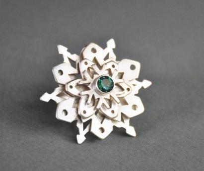 carmen-thompson-snowflake-ring-frontal-web